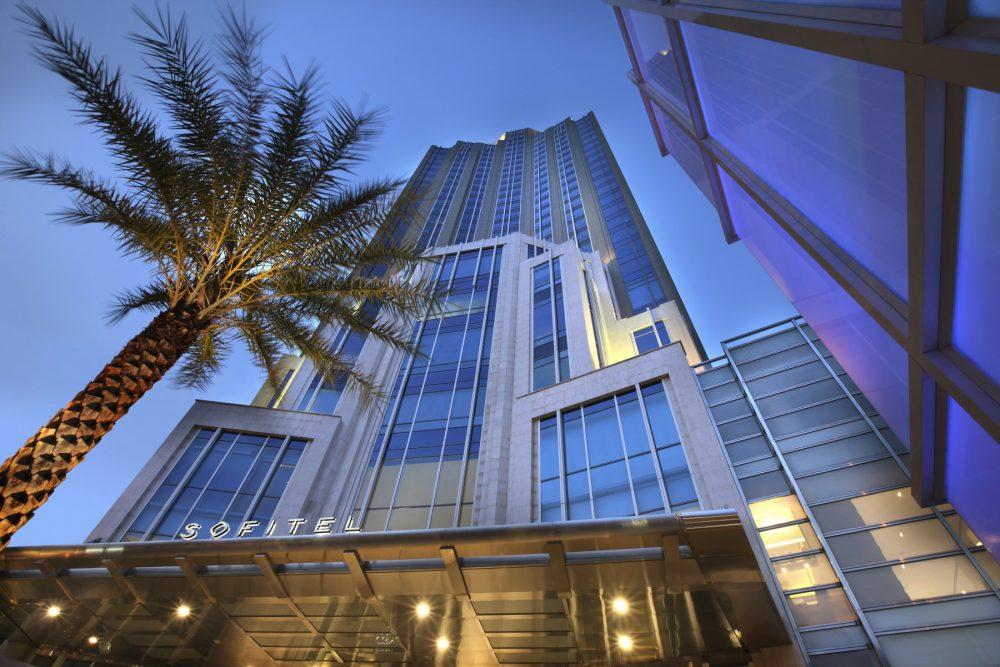 ยินดีต้อนรับสู่โรงแรม 5 ดาว บนถนนสุขุมวิท ใจกลางกรุงเทพฯ